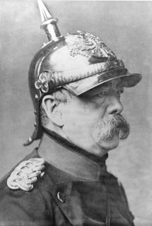 Otto Eduard Leopold von Bismarck-Schönhausen in divisa nel 1871