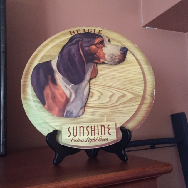 Sunshine Extra Light Beer Beagle Sign