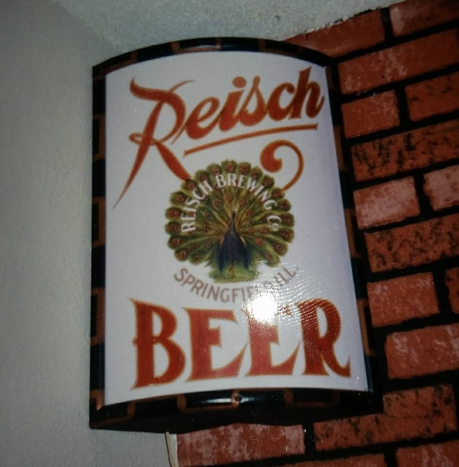 Reisch Beer Vitrolite Sign