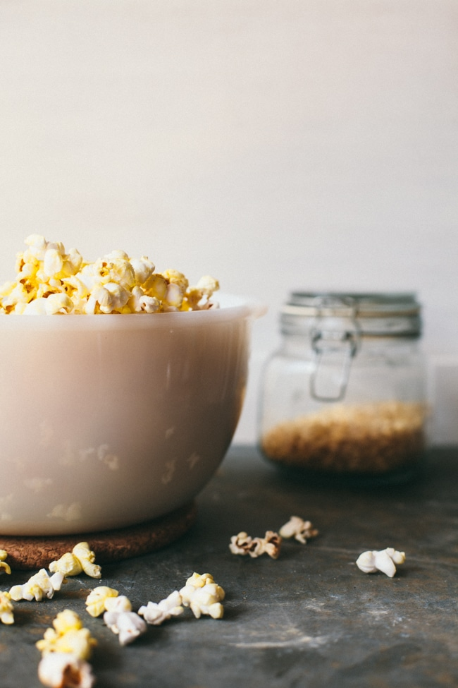 popcorn with no refined sugar and healthy oils!