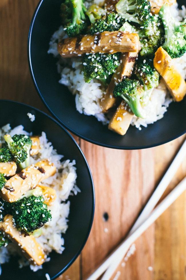 30 Minute Meatless Teriyaki Chicken Bowl