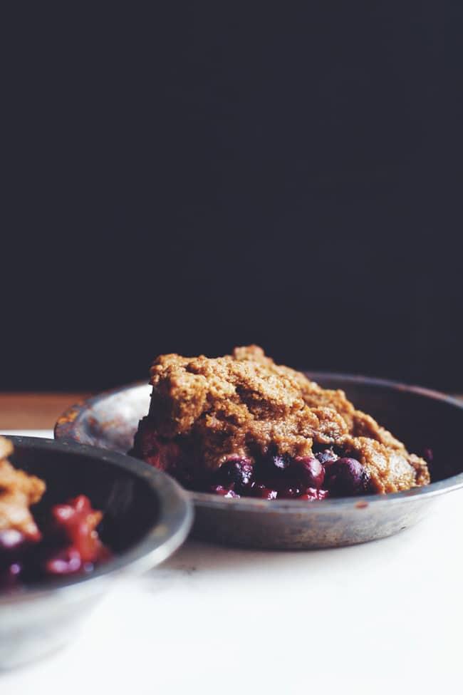 blueberry and blackberry cobbler