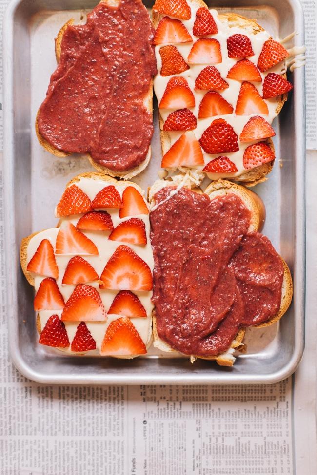 strawberries 'n cream dessert grilled cheese