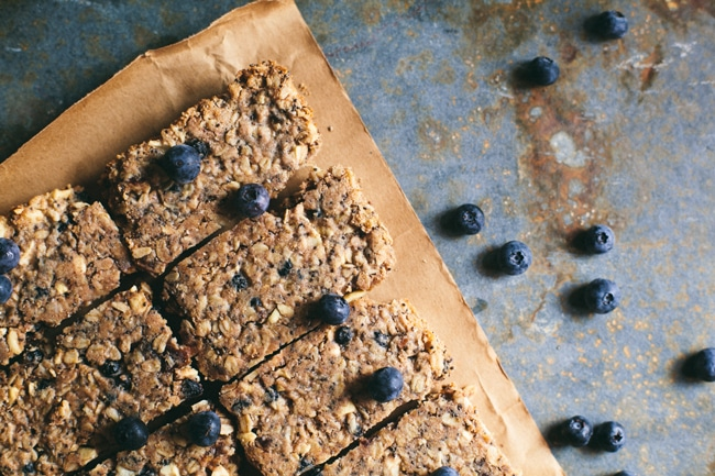 baked blueberry granola bars