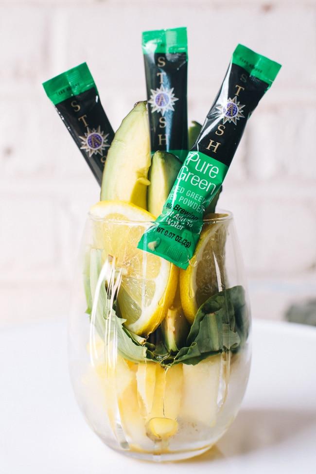 pineapple green tea breakfast smoothie with Stash Green Tea Powder