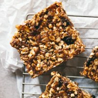 no bake blueberry crisp granola bar