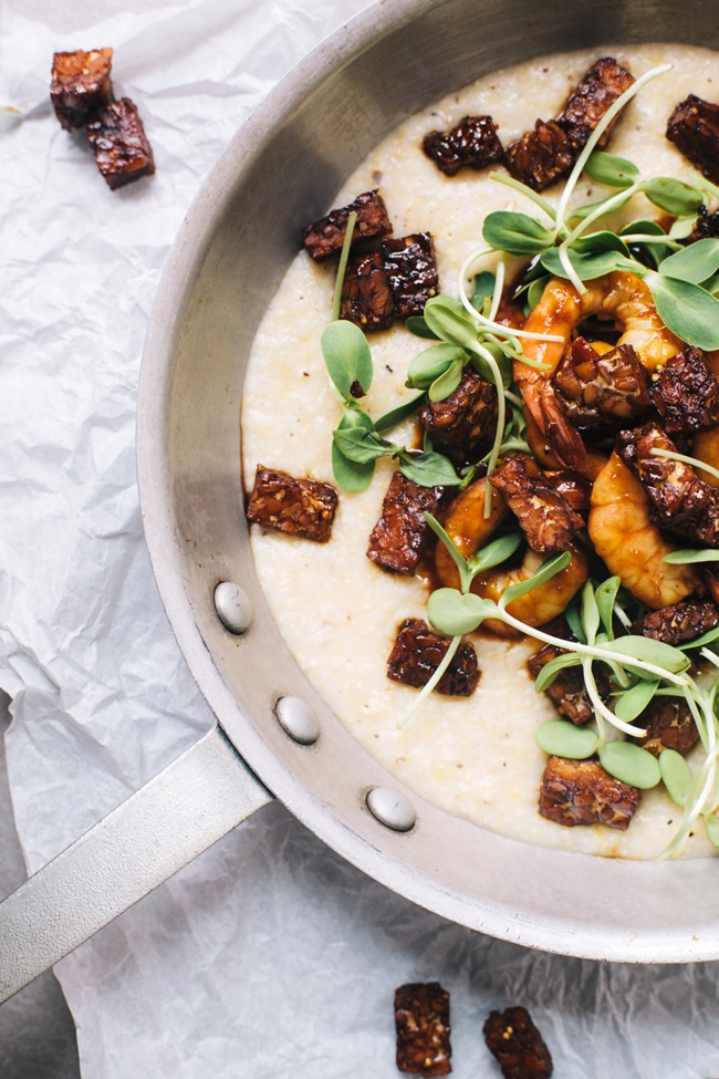 bbq shrimp and cheese grits with smokey tempeh