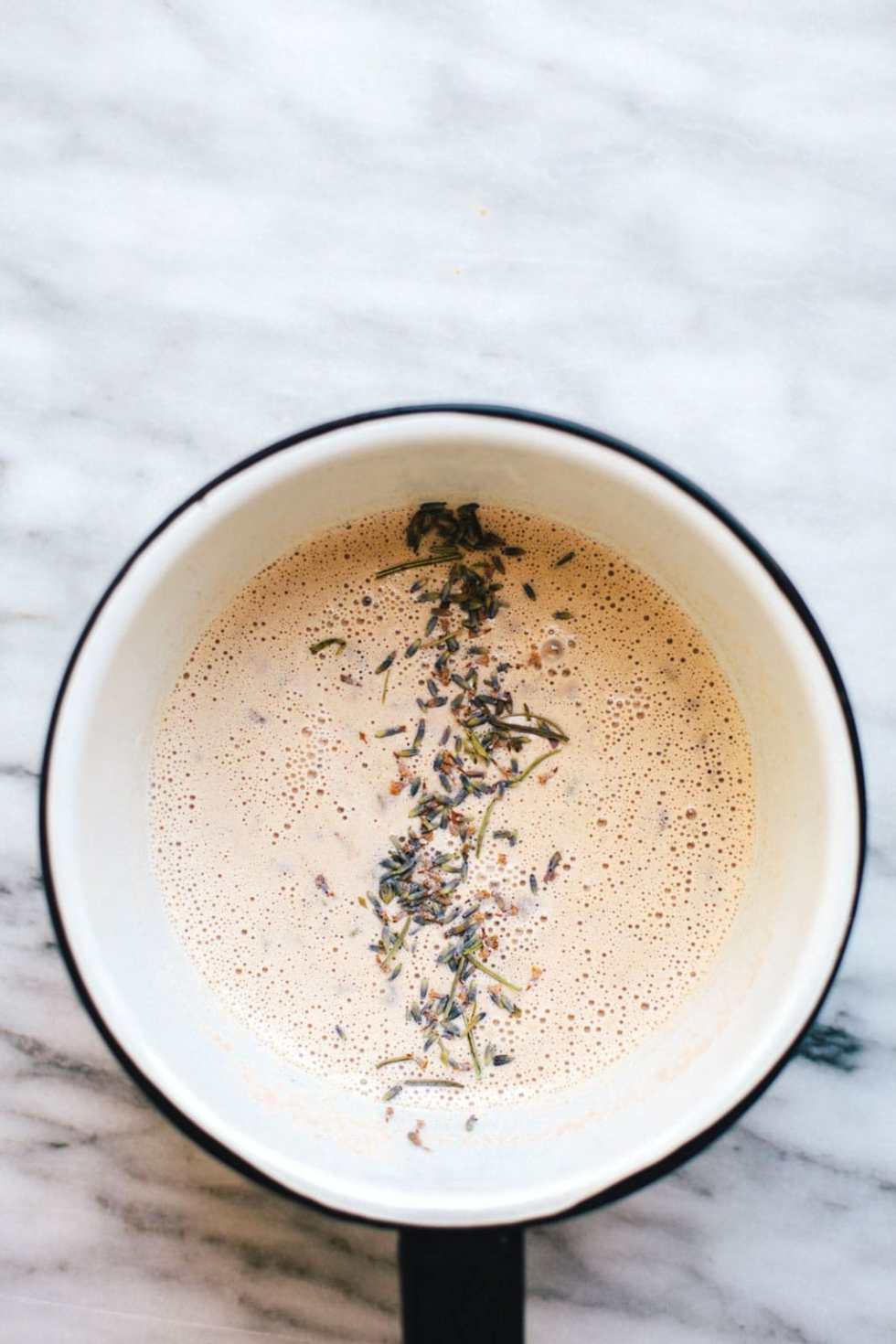 Lavender Moon Milk + #30screenlessnights RECAP | Brewing Happiness