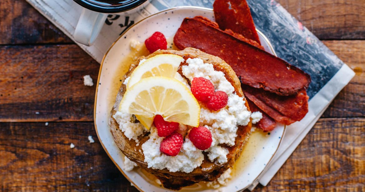 Whole-Wheat Lemon Chia Ricotta Pancakes | Brewing Happiness