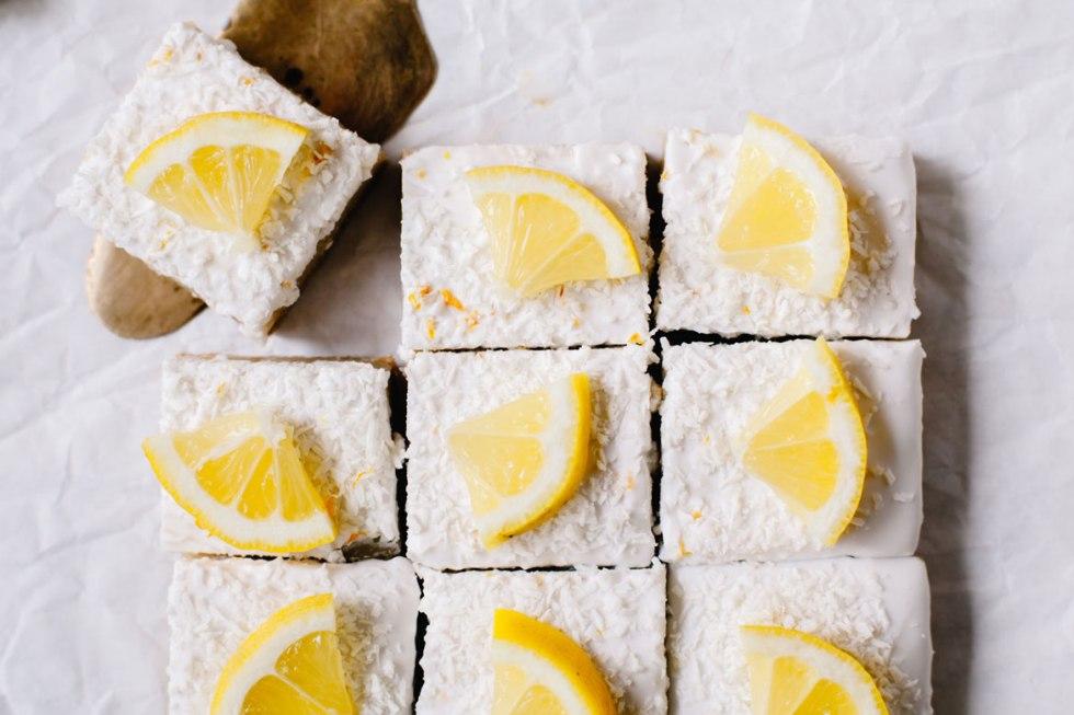 Healthier Lemon Bars | Brewing Happiness