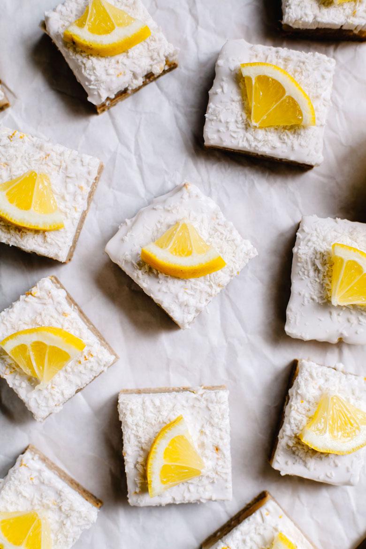 Healthier Lemon Bars #vegan #glutenfree #lemonbar #healthy | Brewing Happiness
