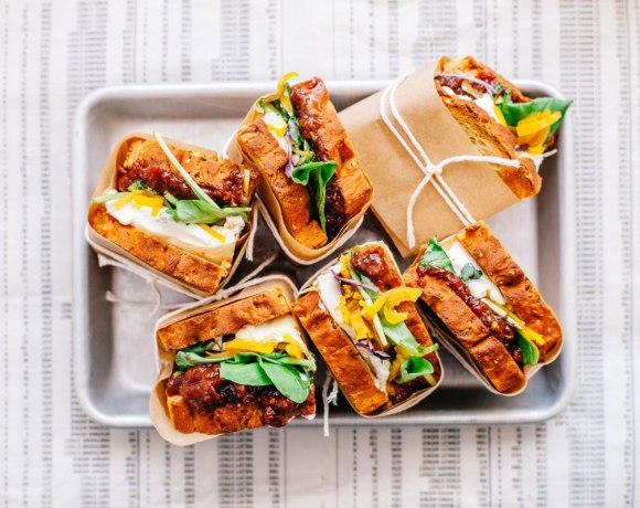 (BLT) Burrata Lettuce Tomato Chutney Sandwich