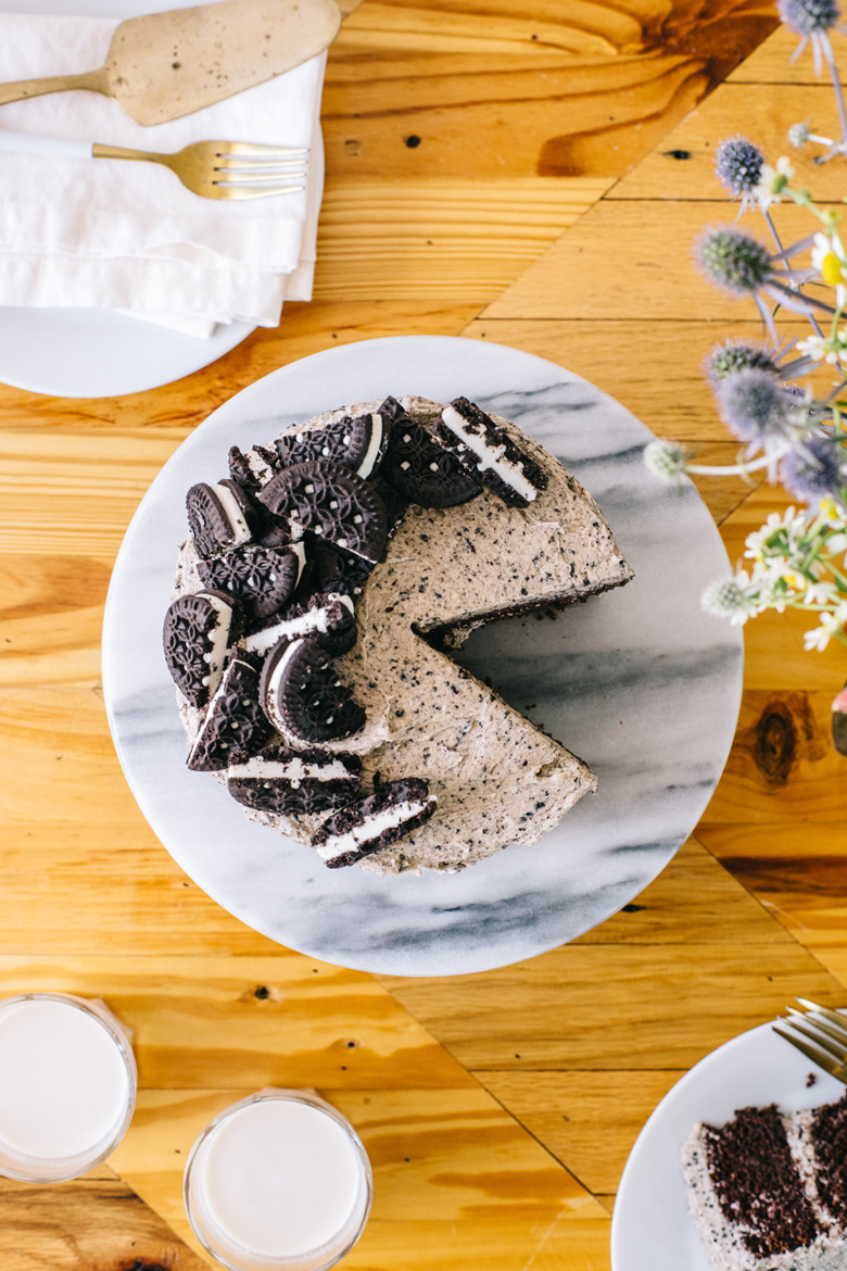 overhead image of an oreo cake with a slice cut out