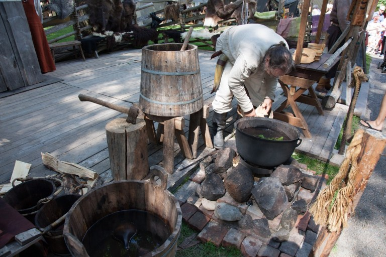 Medieval and Viking Age brewing demonstration at the Medieval Market of Turku