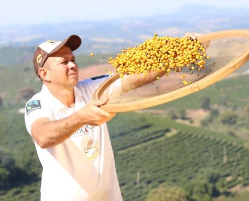 Prêmio Fairtrade estimula a melhoria da qualidade do café e estrutura organizações brasileiras – Golden Cup Brasil 2021