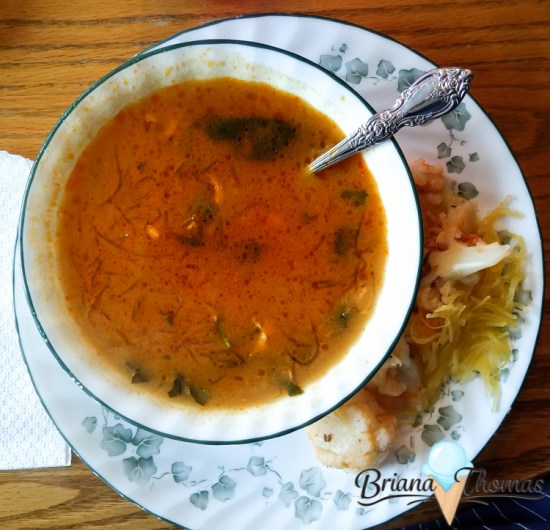 What's on my plate? This popular series is back! This week - diet soup edition. I ate too heavily over the holidays, so soup was on the menu this week.
