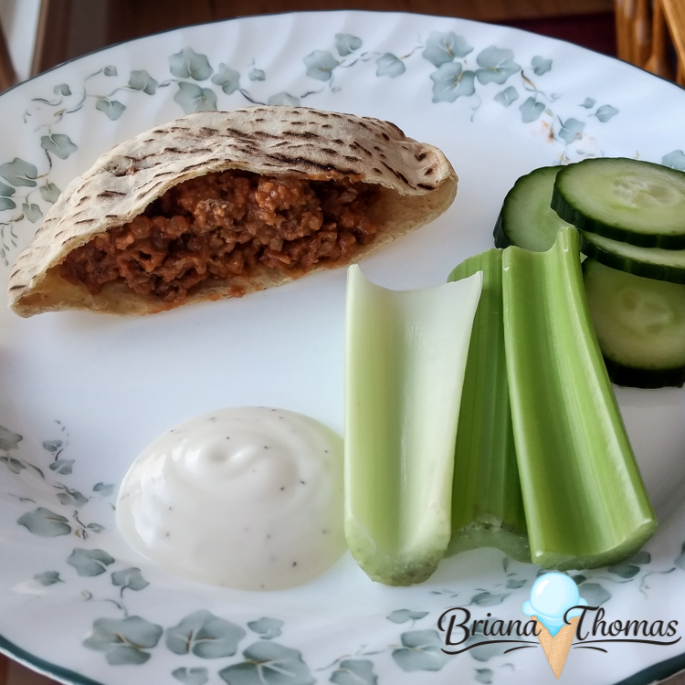 Check out this post to find out what was on my plate this week! Among other things, you'll find the best sloppy joes you've ever tasted! THM friendly