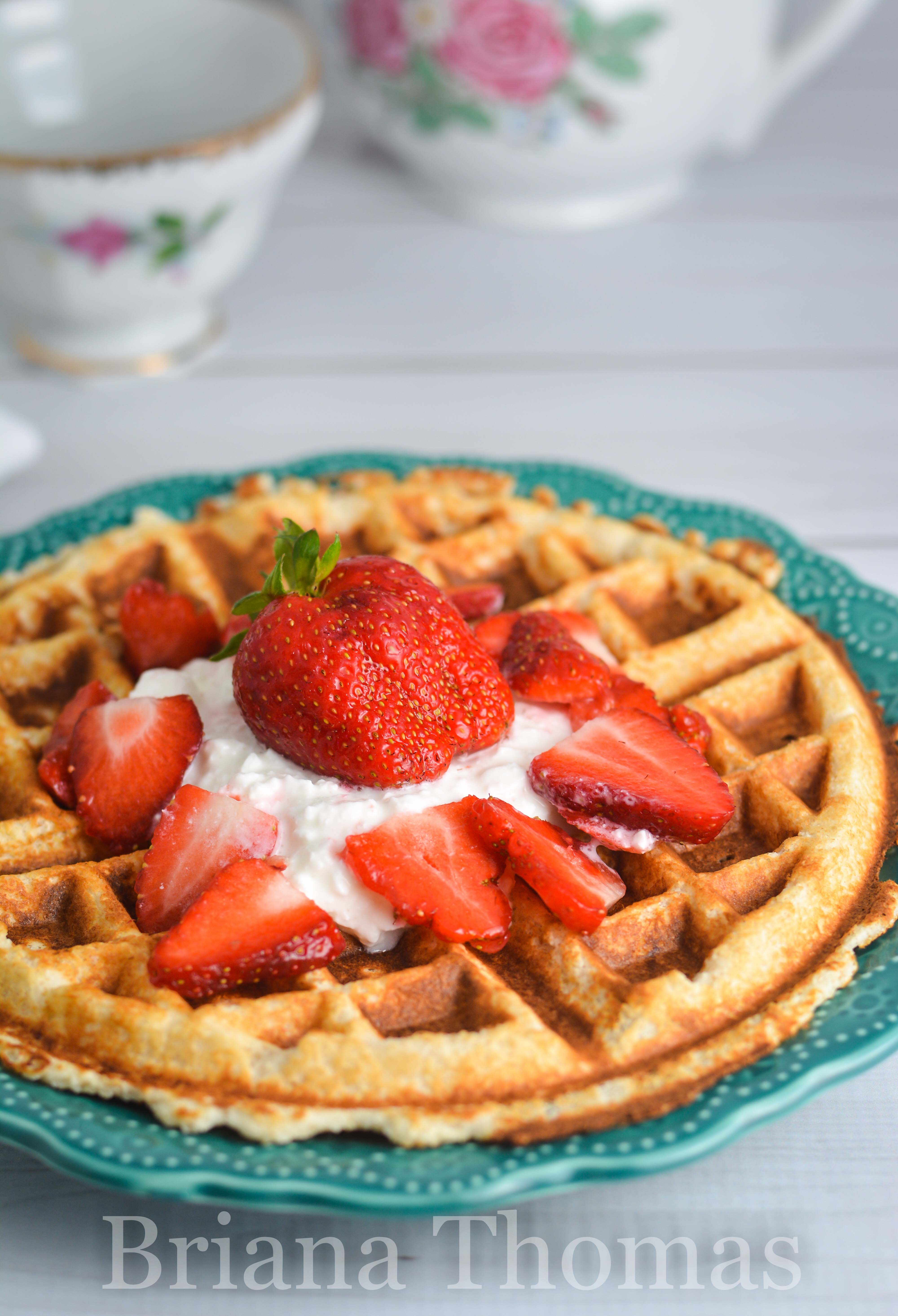 This Strawberry Shortcake Waffle is pretty low-calorie and happens to be a Fuel Pull for Trim Healthy Mamas! Low carb, low fat, sugar free, gluten/nut free