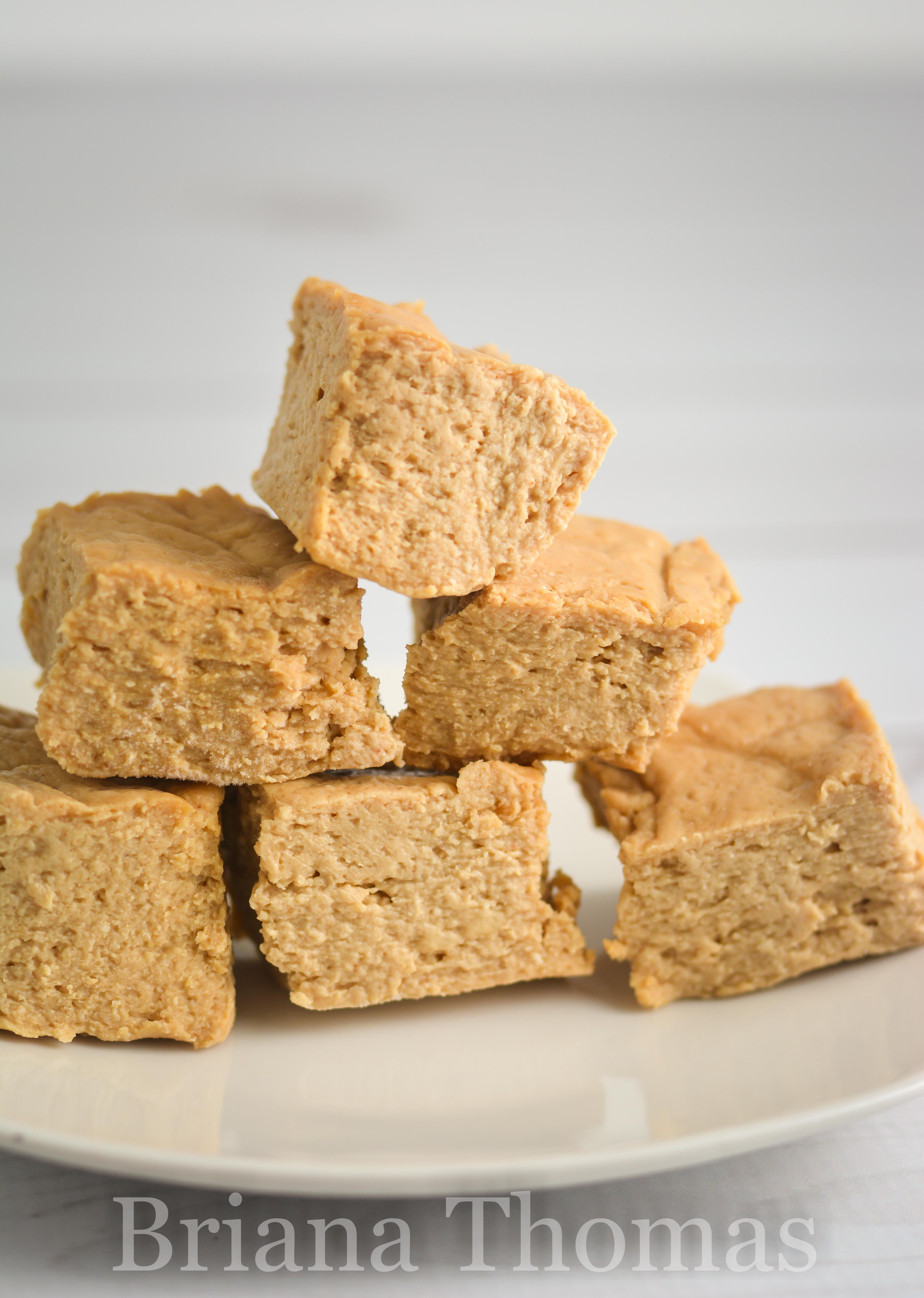 These Chewy Peanut Butter Protein Bites make a great snack! Each square has 5g protein, and coconut oil is the main fat source. THM:S, low carb, sugar free