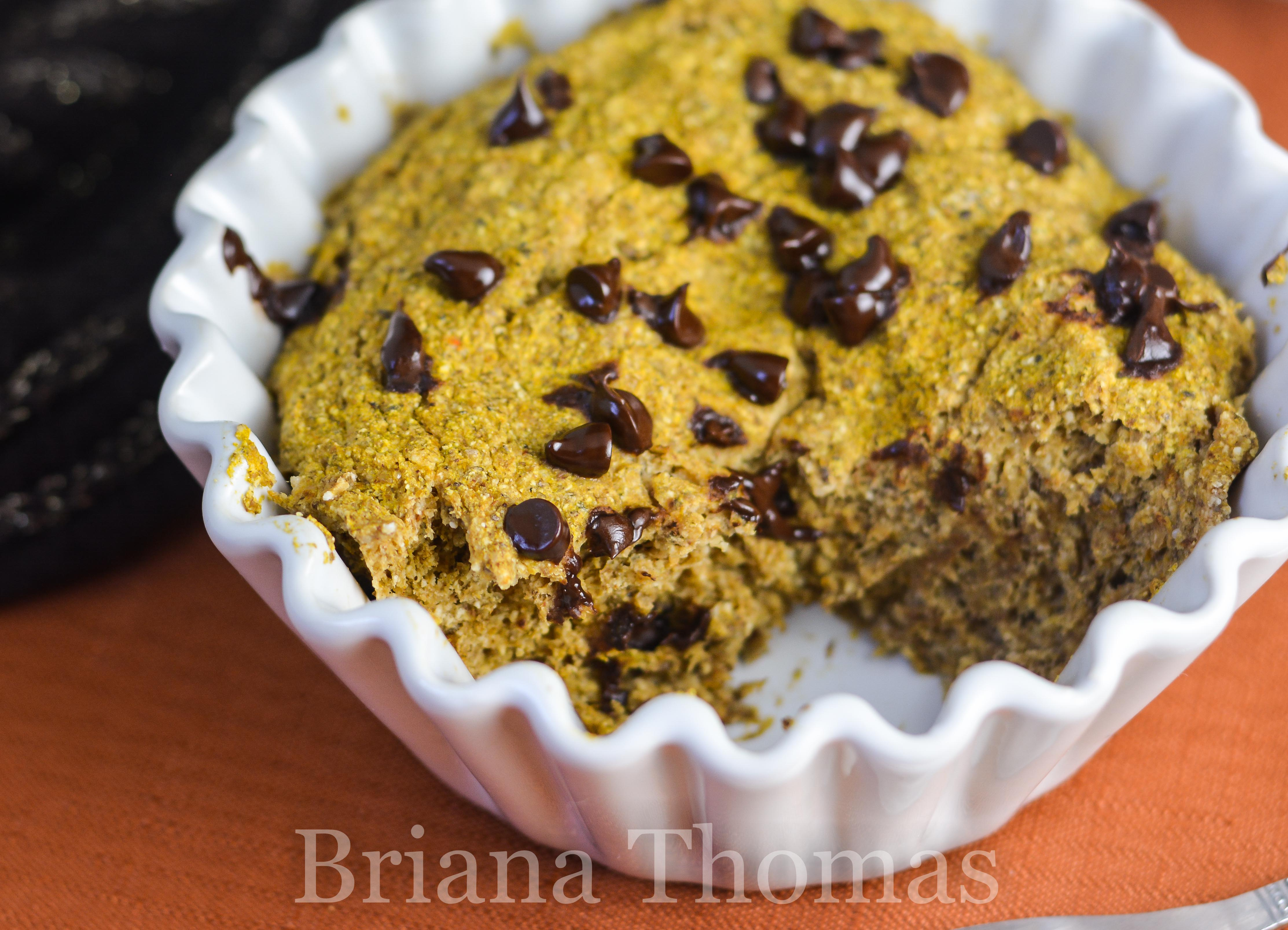 This Pumpkin Chip Mug Muffin is my new fall flavor - and it's so allergy friendly! THM:S, low carb, gluten/egg/dairy/nut free, sugar free