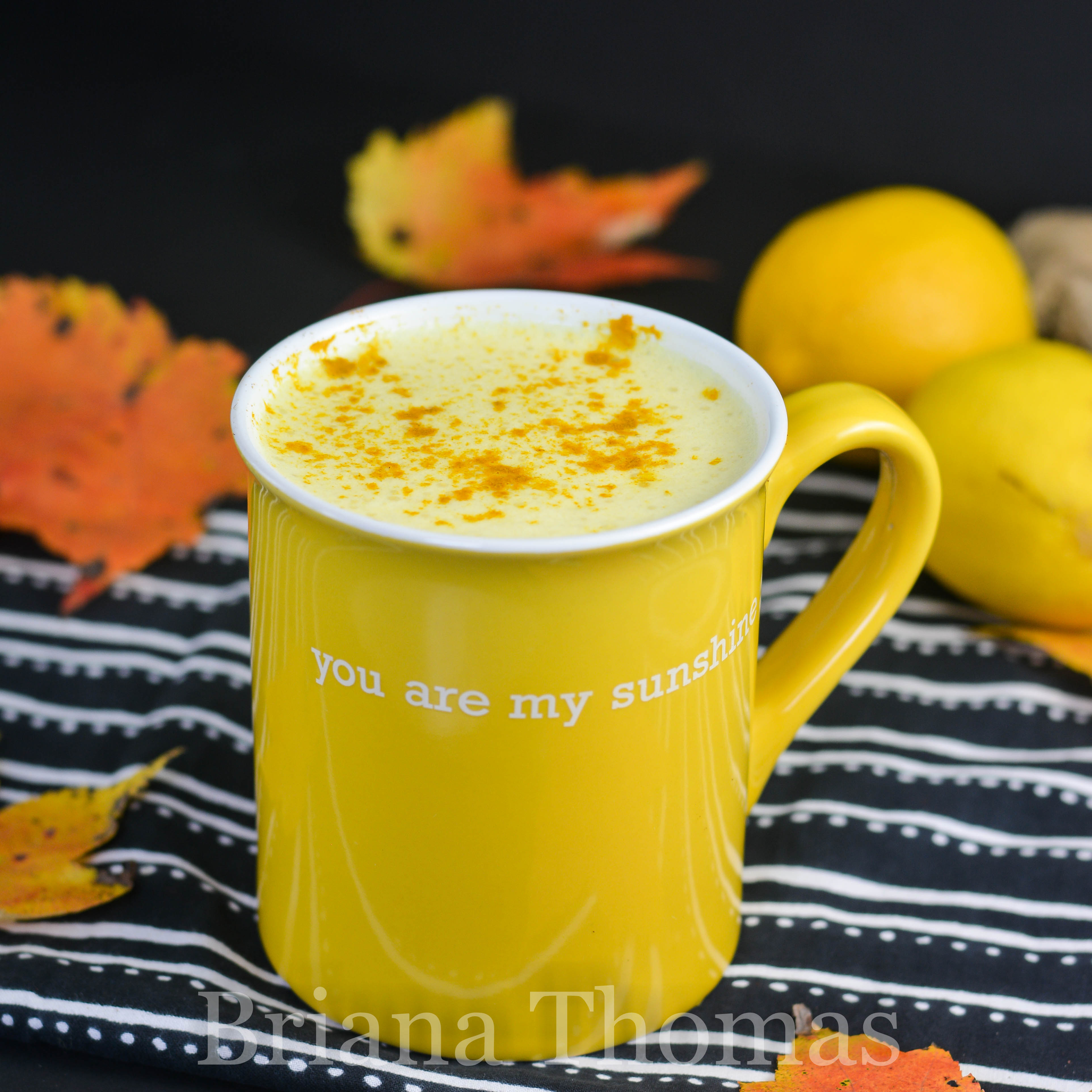 This is one delicious detox! Lemon, turmeric, and ginger combine with Bulletproof elements in this warm Velvety Golden Detox! Sugar free, allergy friendly