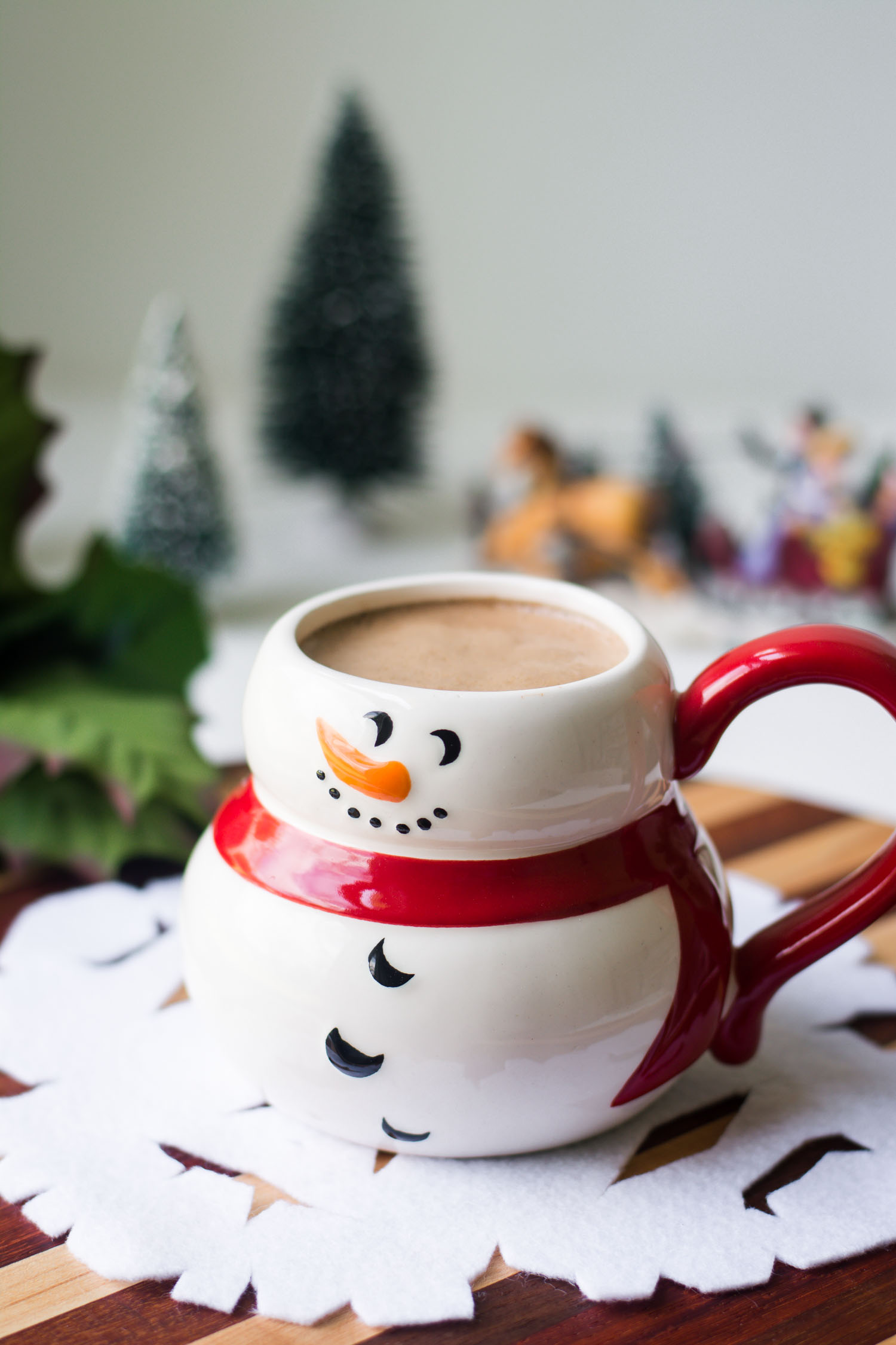 This Velvety Peppermint Mocha is my low-carb version of the Starbucks holiday favorite! THM Deep S, sugar free, low carb, keto, allergy friendly