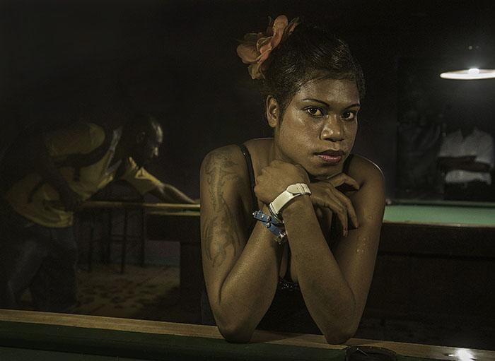 """DISKO MERI"" - PNG Bar Girl Julie - in Port Moresby's 'Diamond Club''"