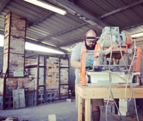 Soda kiln - cutting door bricks and posts