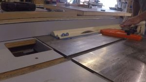 Cutting Picture Frame Molding
