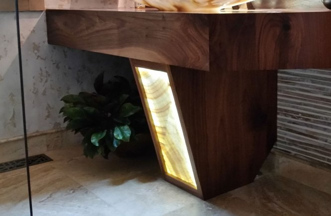 walnut pedestal with backlit onyx using LEDs