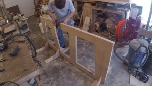 Shop made jig to hold the door vertical