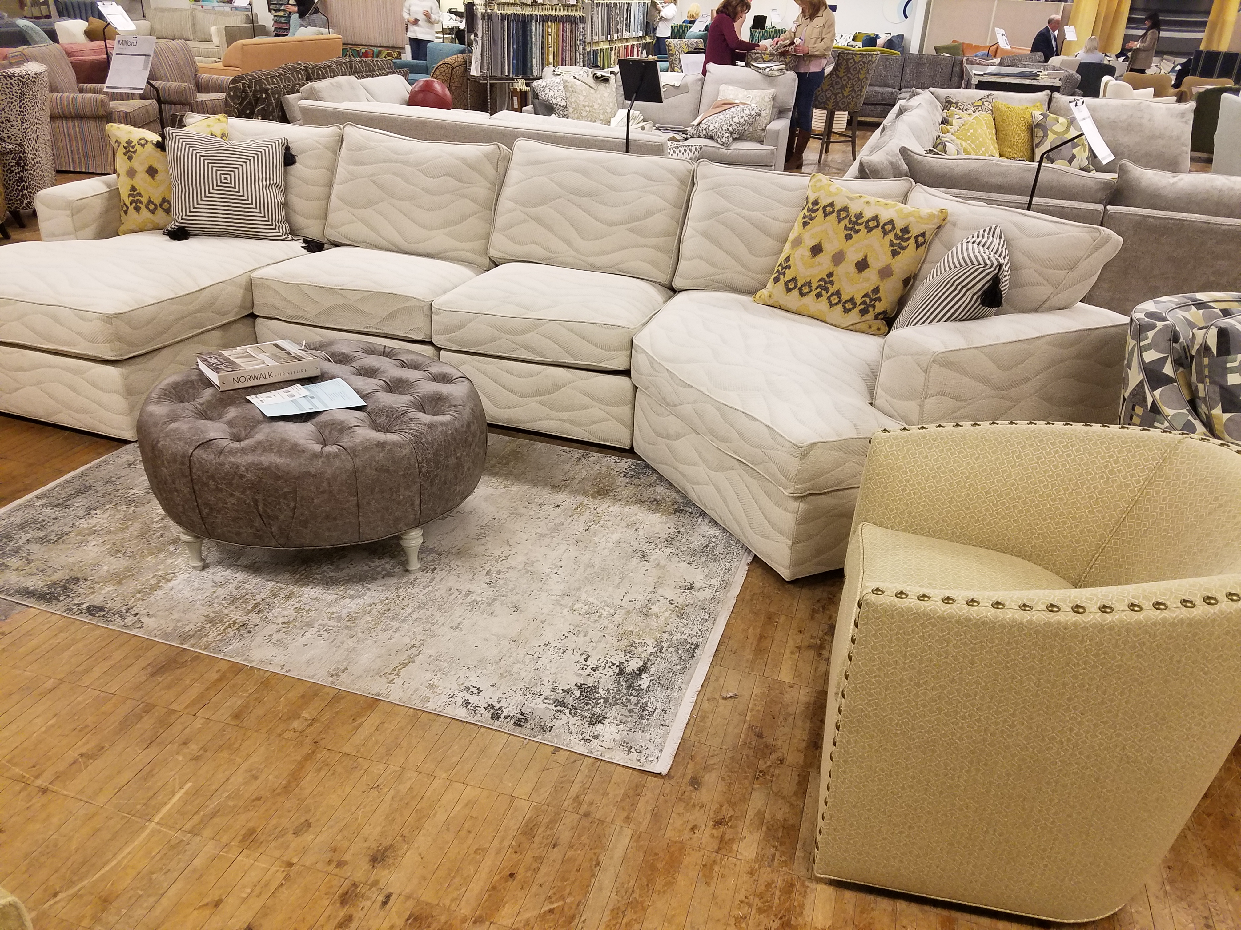 Milford Sectional, Sally Swivel