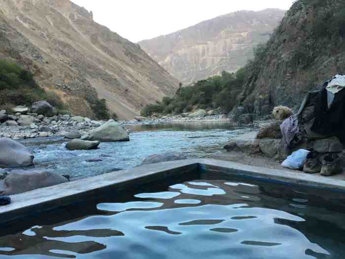 Hot springs of llaca