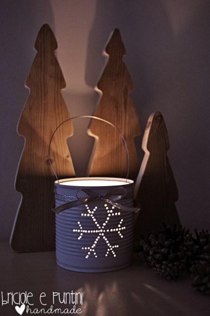 Lanterna natalizia con una lattina riciclata