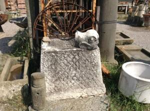 pozzo in pietra antico quadrato