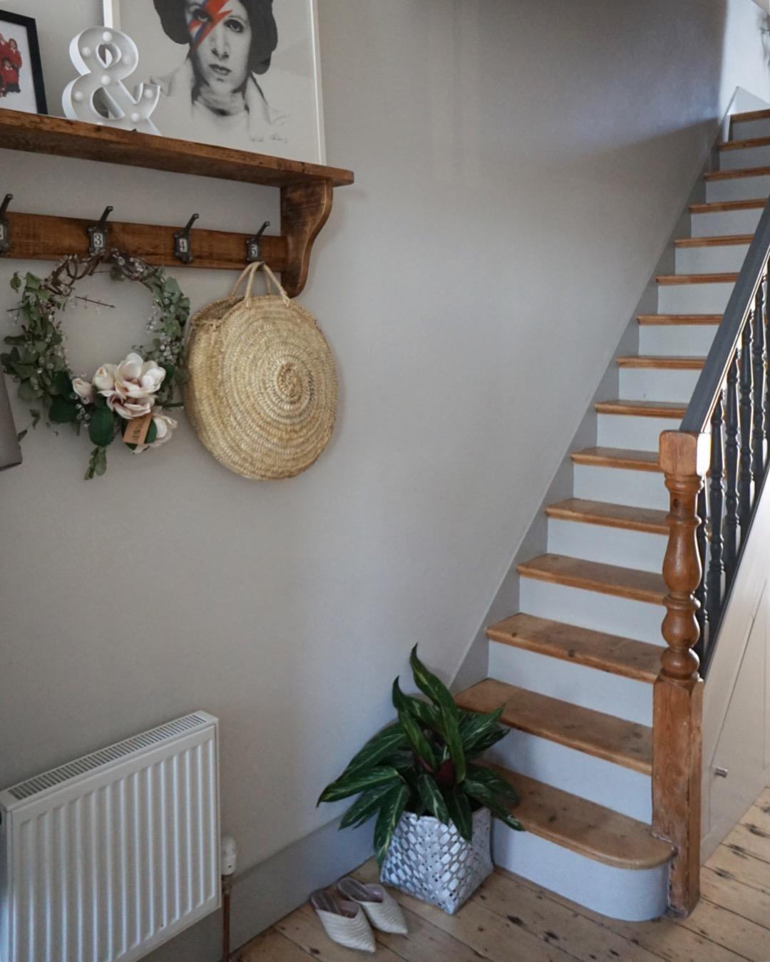 Staircase Renovation Threadbare Carpet To Contemporary