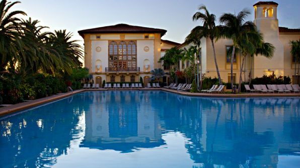 001760-03-outdoor-pool-duskbiltmorespa