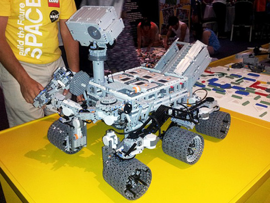 LEGO Engineering   BrickEngineer  LEGO Design LEGO Mars Curiosity Rover