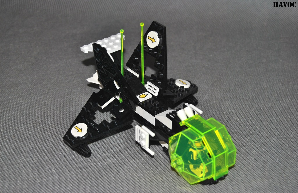 https://i1.wp.com/www.brickshelf.com/gallery/Havoc/Reviews/BlacktronII/12.jpg