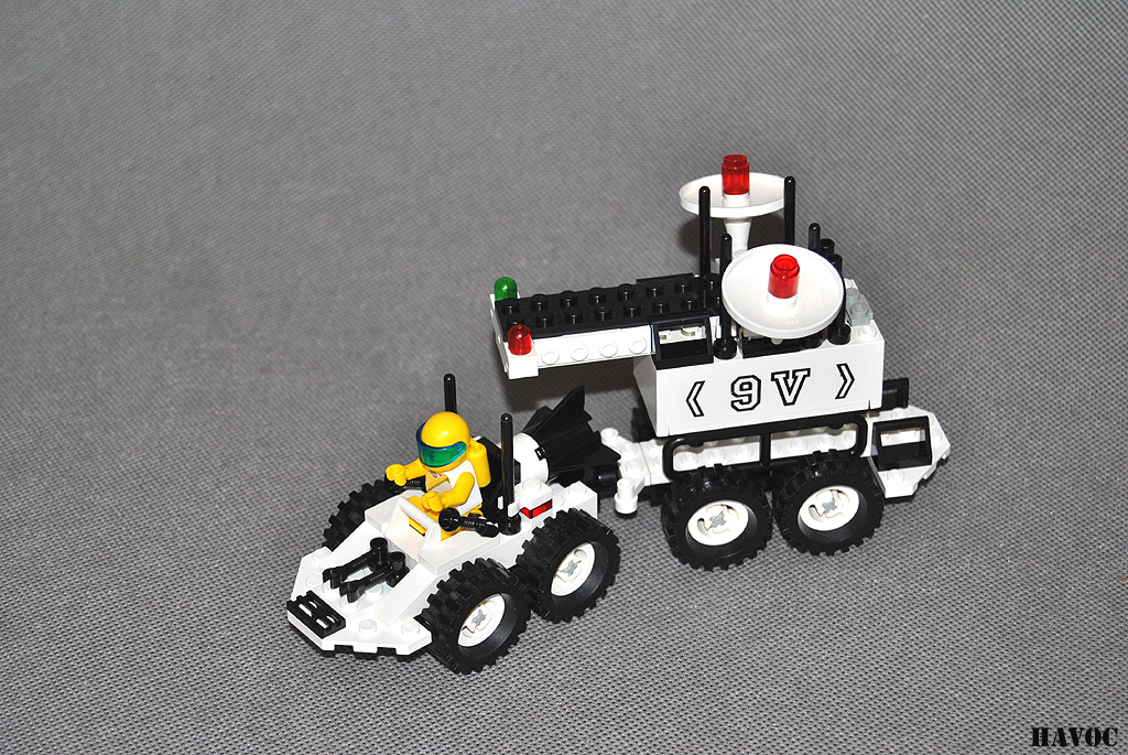 https://i1.wp.com/www.brickshelf.com/gallery/Havoc/Reviews/Futuron/05.jpg
