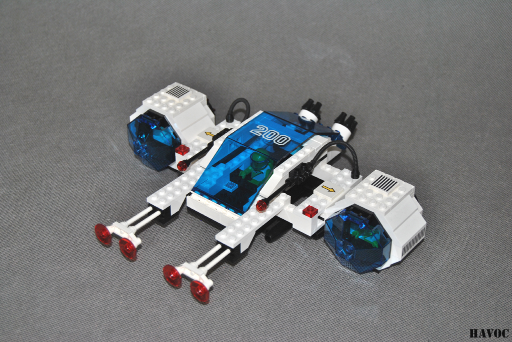 https://i1.wp.com/www.brickshelf.com/gallery/Havoc/Reviews/Futuron/38.jpg