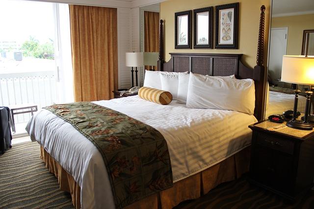 Des textiles de qualité pour une chambre d'hôtel qui fait rêver