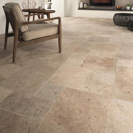 carrelage sol interieur en pierre naturelle travertin multi format