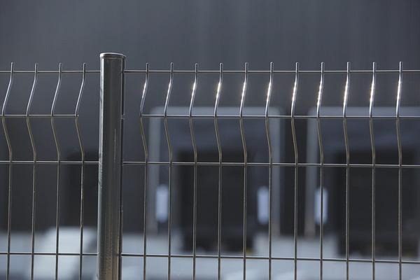 panneau grillage en acier galvanise gris anthracite l 1 90 x h 1 40 m x ep 4 5 mm dirickx