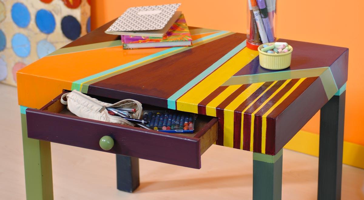 Per ridipingere la sedia sono stati usati smalti per legno the paint makers e una parte è stata lasciata in legno a vista! Come Verniciare Un Tavolo Di Legno In Modo Creativo Bricoportale
