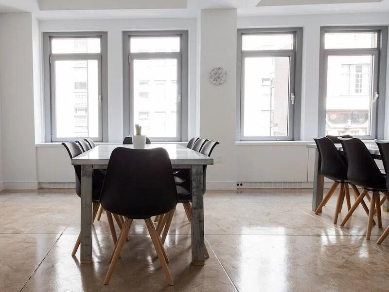 aislar las ventanas para mantener la vivienda fresca en verano