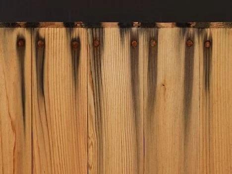 taninos de la madera por la acción de los clavos