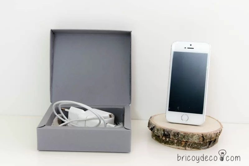 caja para guardar cargador de móvil