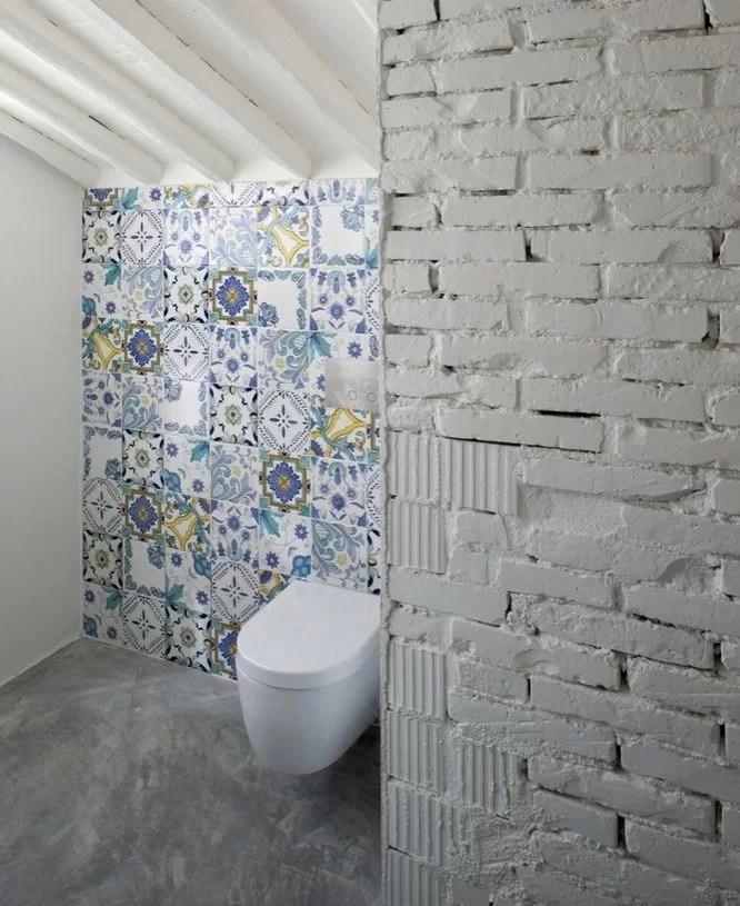 50 ideas para decorar con baldosas hidr ulicas for Azulejos hidraulicos para banos