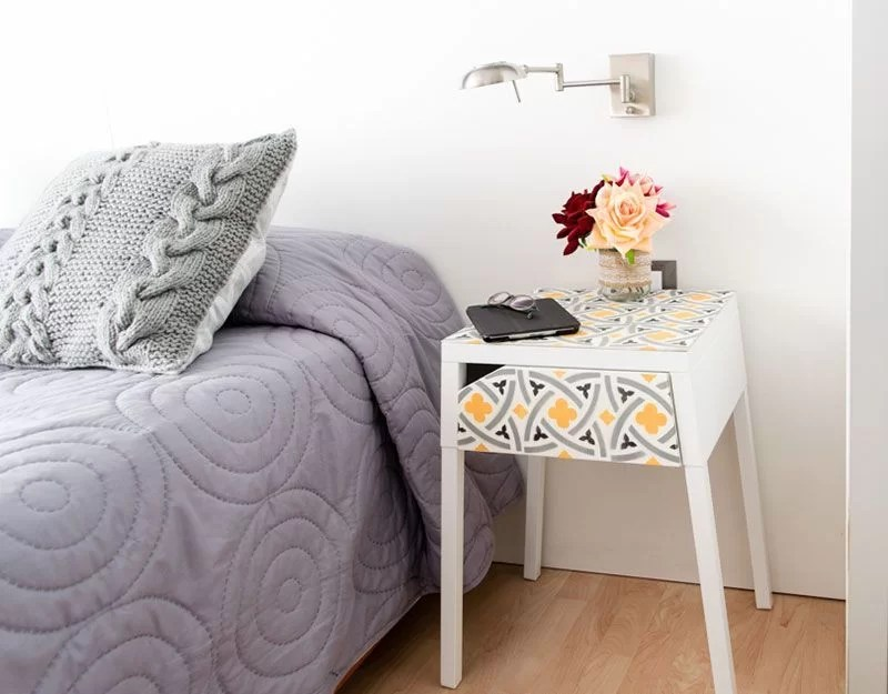 decorar muebles con baldosas hidráulicas
